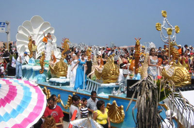 27_Carnaval-2003---Reina-3